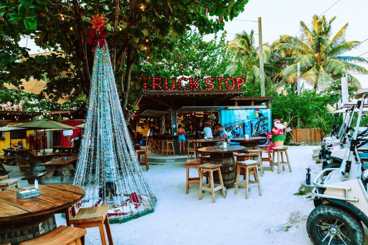 How to Rent A Golf Cart Ambergris Caye