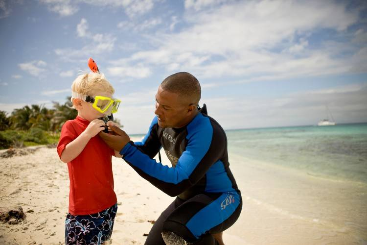 Snorkeling with Kids Ambergris Caye